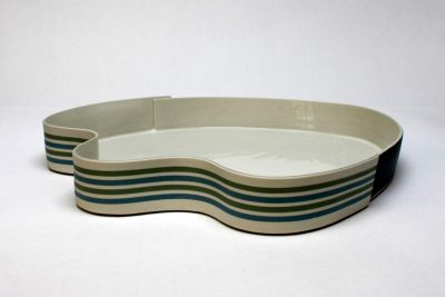 Juliane Herden, große Porzellanschale, Durchmesser ca. 40 cm, 2018