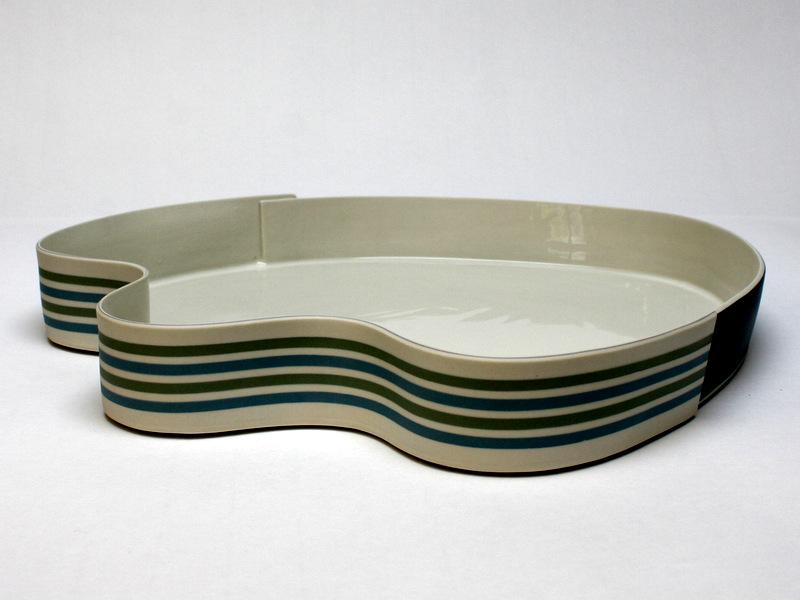 Juliane Herden, große Porzellanschale- Durchmesser ca. 40 cm-2018-TITEL