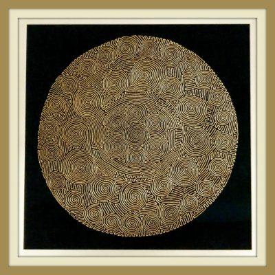 """Matthias Eule, Labyrinth """"Das Geheimnis Gottes"""", 2017, Goldbronze auf Samt, Durchmesser 60 cm, gerahmt 85/85 cm"""