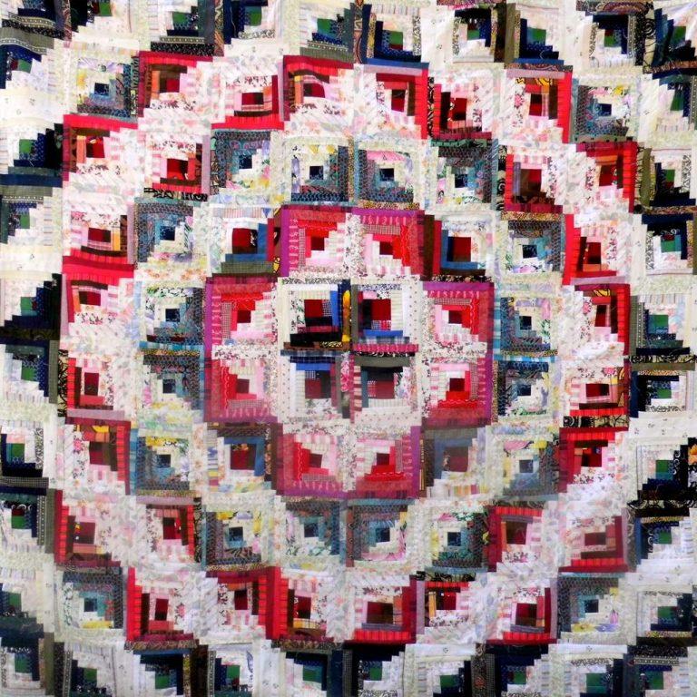 Edel Loesch-Farbenspiel-Patchworkquilt