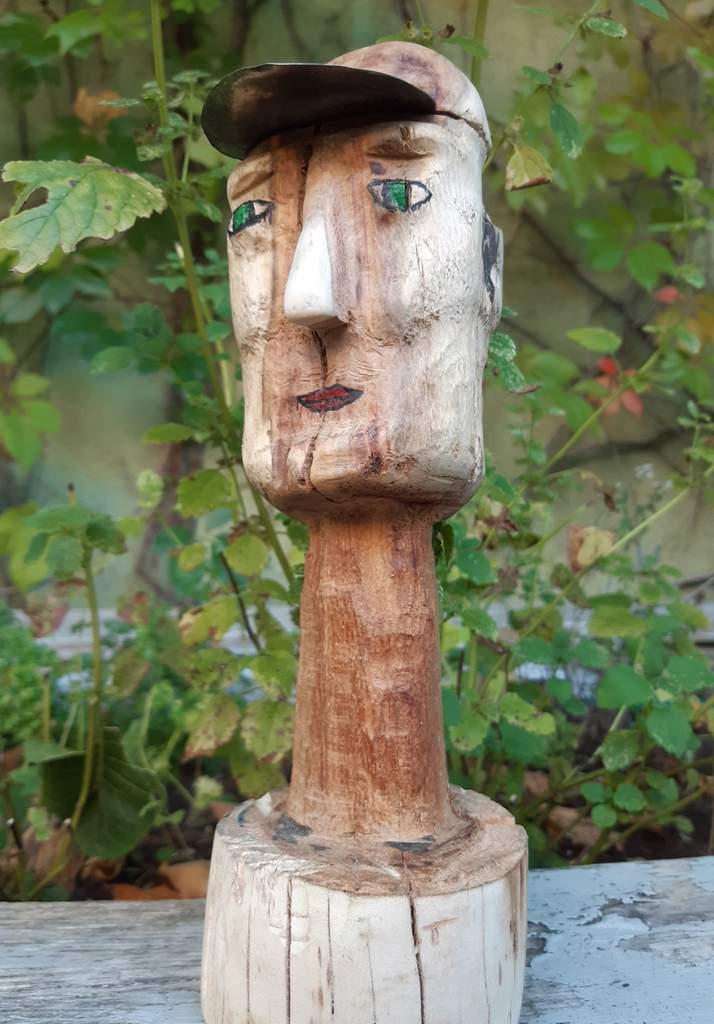 "Frank Odening ""Kai"" (2020) | Skulptur, Pflaume | 45,5 cm hoch"
