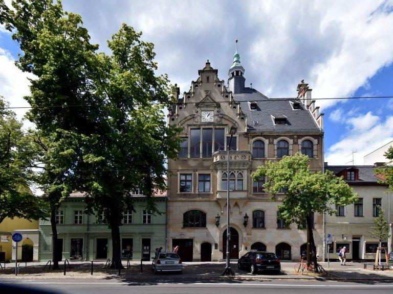 Hist. Rathaus Friedrichshagen, Straßenansicht | Foto: H.-J. Marske/ Klinkenberg Architekten